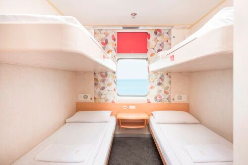 4 Bed Porthole Private Cabin